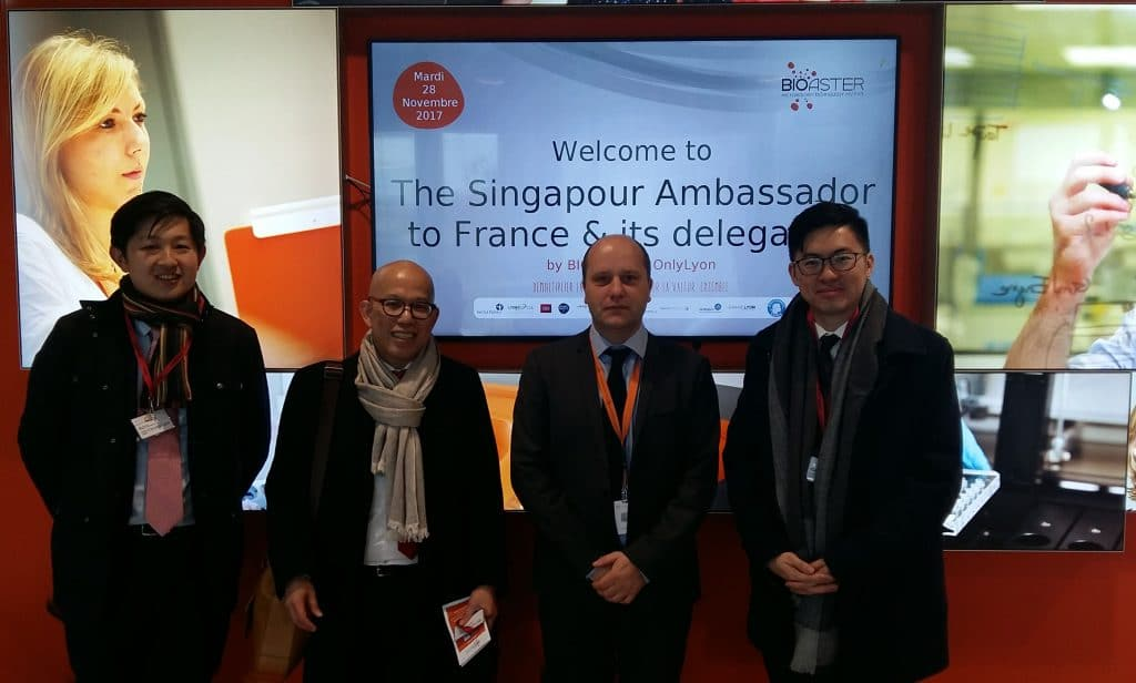 Visit of Singapour ambassador